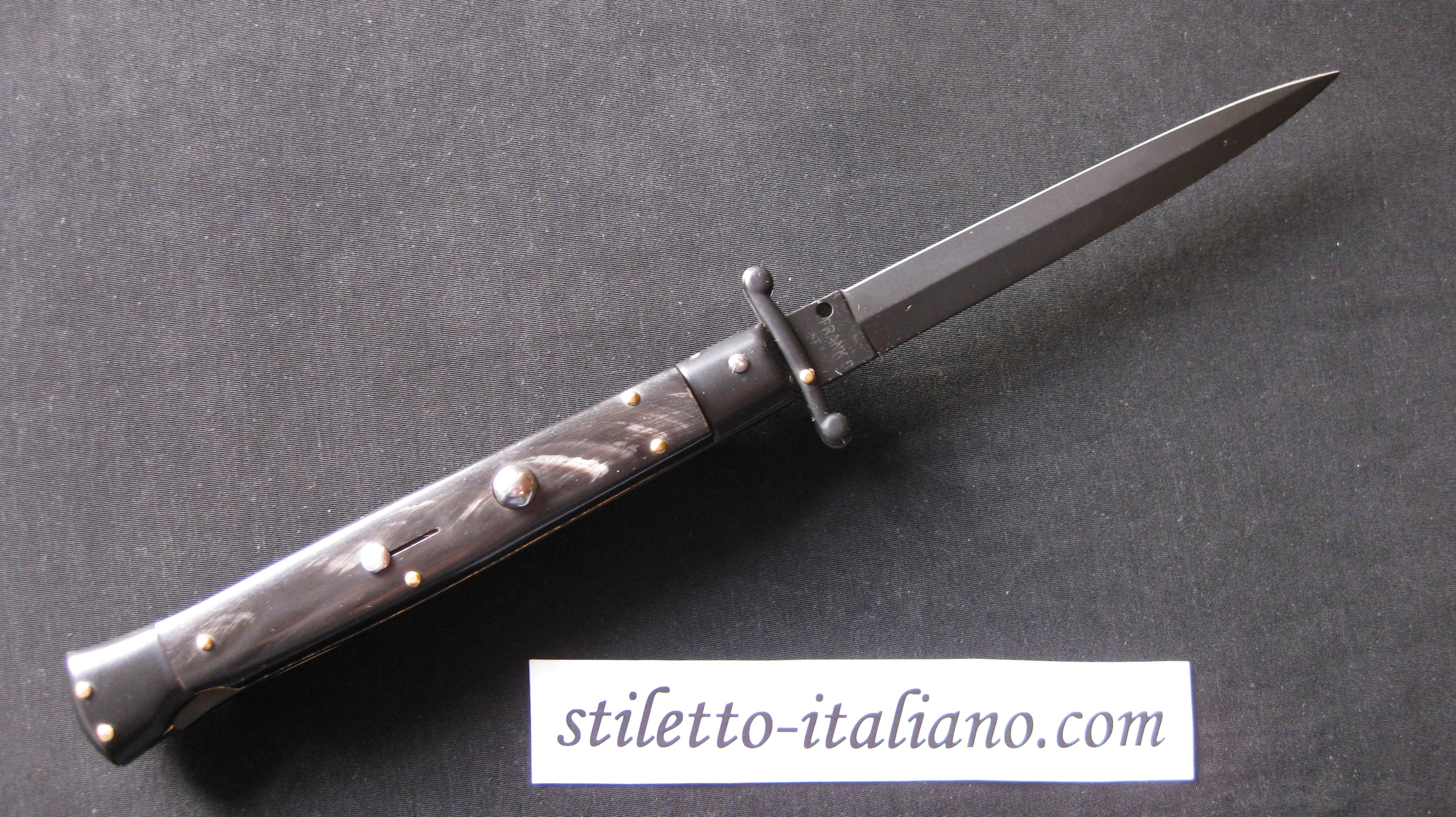 Stiletto 11 Swinguard Dagger Buffalo horn Tactical Frank Beltrame