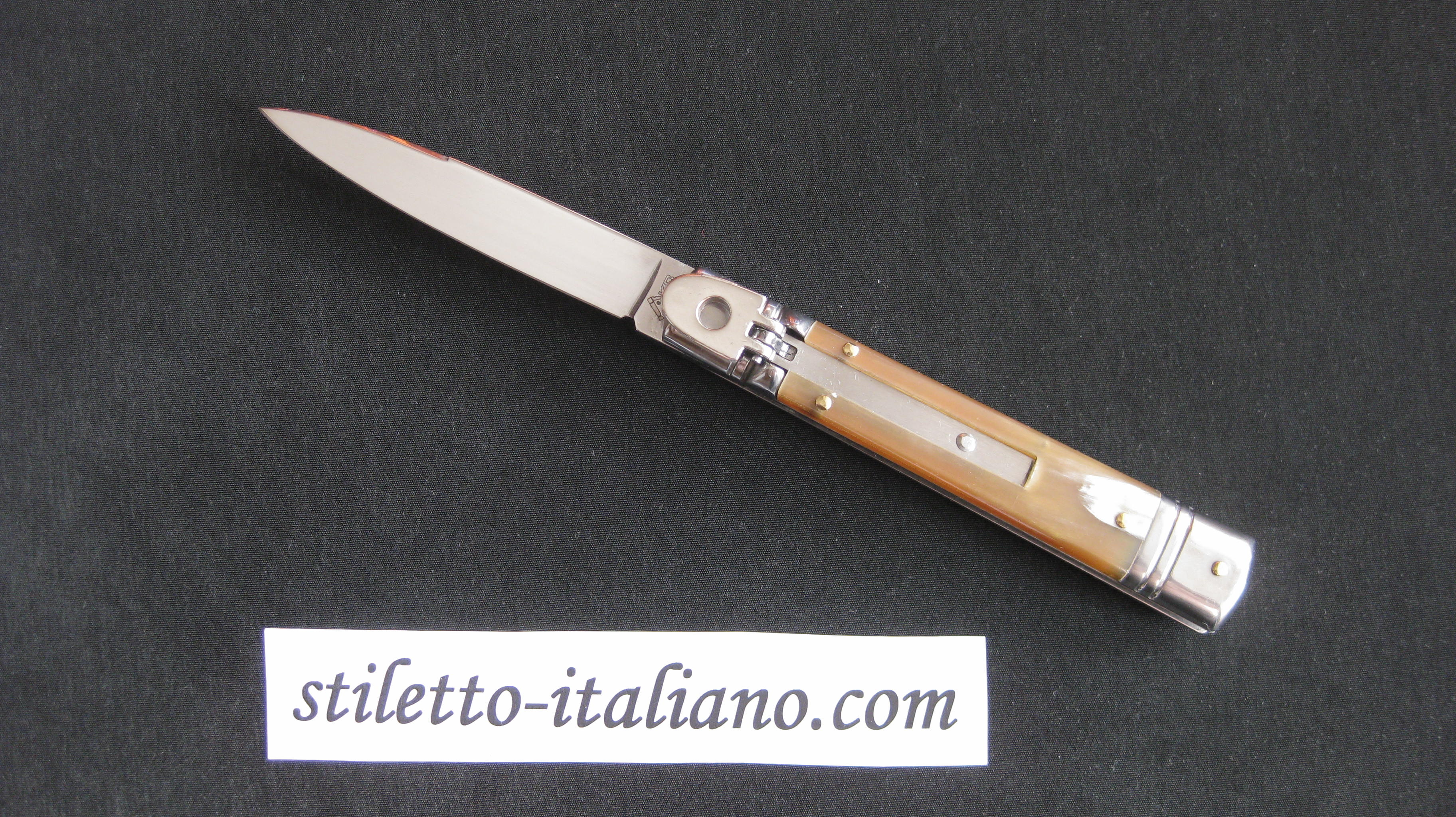 Stiletto 8 Slim Leverletto Plain Honey horn AKC